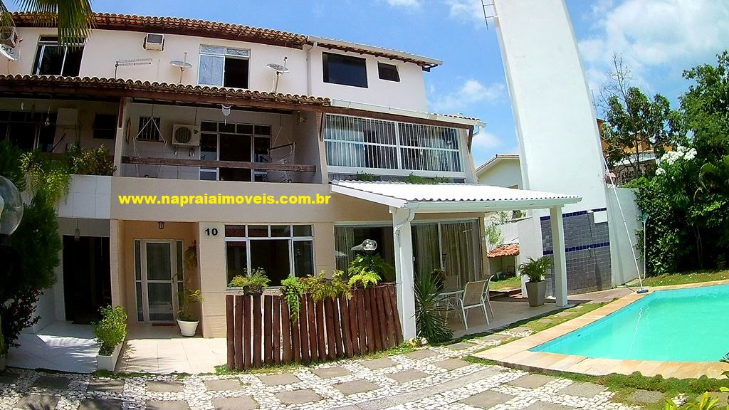 House Triplex, 4 bedrooms, in Farol de Itapuã Beach